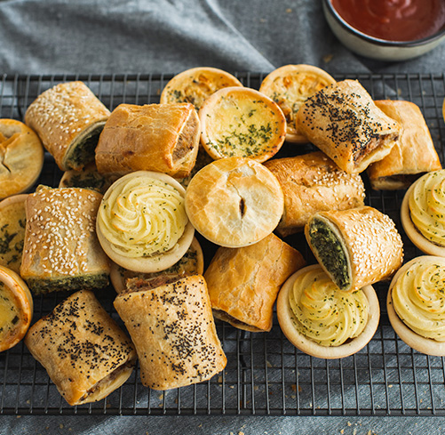 10 Best Finger Foods for Your Next Corporate Catering Event
