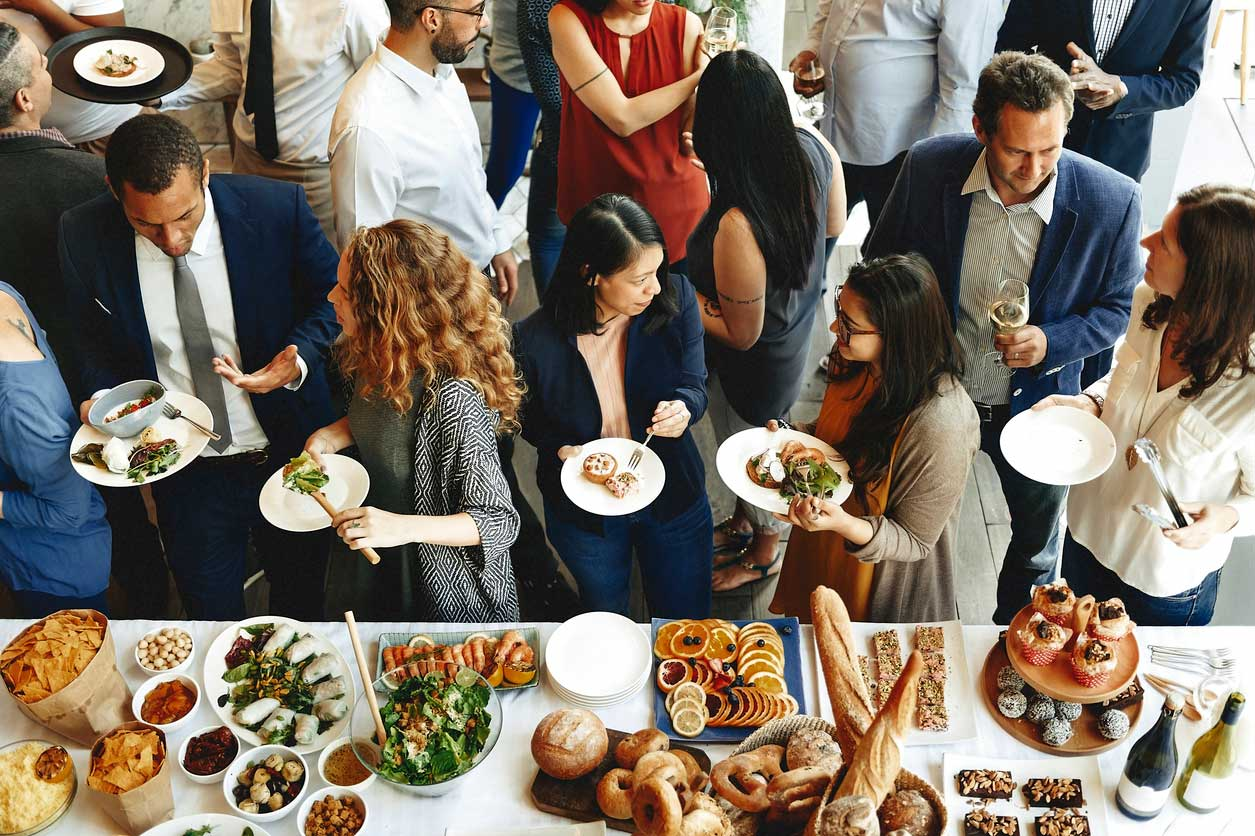 Make your work lunch meetings easy with corporate catering